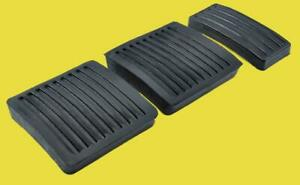 Allmakes / Bearmach  Land Rover Defender 90, 110, 130 Pedal Pad Rubbers Set x 3