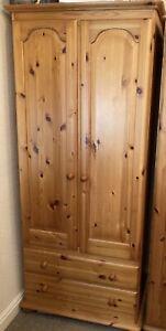 Pine Wardrobe 2 Door, Over 2 drawers With Bun Feet