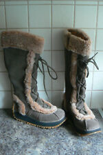 ART BOOTS - SIZE EU37/UK4 - OLIVE GREEN SUEDE - WINTER BOOTS - GREAT CONDITION