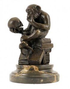 Affe mit Schädel (Wolfgang Hugo Rheinhold), Bronzefigur, sign. Milo