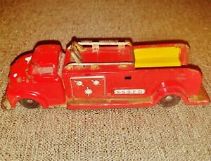 Vintage Tin S.S.S.F.D. Red Friction Fire Truck - Old Collectible SSSFD Truck