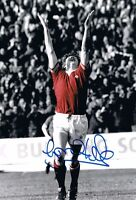 Signed Gordon Hill Manchester United 1977 Cup Semi Final Autograph Photo + proof