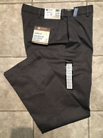 HAGGAR * Mens Gray CLASSIC FIT Casual Pants * Size 34 x 32 * NEW WITH TAGS