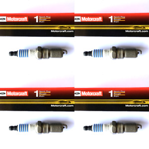 New SET OF 4 Motorcraft Platinum Spark Plugs
