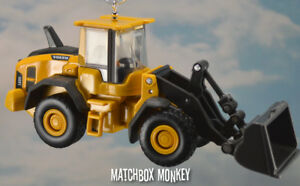 Volvo L60H Front Wheel Loader 1/87 Custom Christmas Ornament Deere CAT Deere