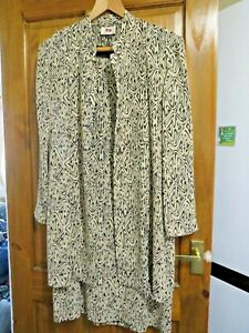 LADIES HAMMELLS DRSS AND JACKET MULTI SIZE 16  - HOUSE CLEARANCE