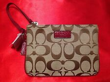 COACH - Park Signature Small Wristlet - Crimson - F51775