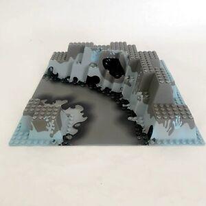 LEGO Raised Baseplate 32x32 for 6199 Hydro Crystallization Station River Base