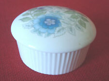 WEDGEWOOD Bone China Trinket Box/Dish, Made in England, with lid