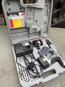 Senco DuraSpin DS202-14v Battery Powered Screw Gun with Case Battery???