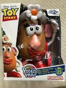 Mrs. Potato Head Disney/Pixar Toy Story Classic Figure Toy 25 Year Anniversary