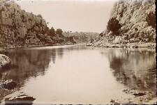 snapshot vue étang plan d'eau rochers à déterminer vers 1930 bateau animée