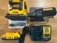 NEW DEWALT DCW200D1 20V XR Cordless 1/4 Sheet Sander Kit W/ Battery and Charger