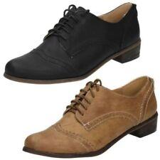 Chaussures à lacets Spot On pour femme