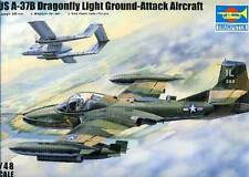 Trumpeter US a-37b DRAGONFLY LIGHT ground-attack Vietnam Cile 3 versioni 1:48