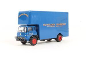 EFE 23605 Bedford TK Luton Boxvan Woodland Transport 1:76 Scale (10)