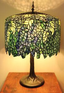 """Tiffany Style Wisteria Table Lamp 22"""" Shade"""
