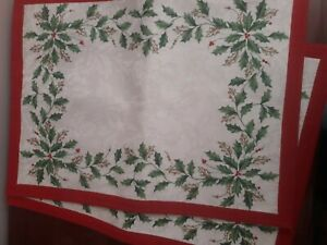 2 Lenox Holly Placemats Place Mats Christmas Holiday Cream Damask Red Border