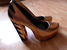 River Island heels size 6, gold glitter/black, leather
