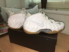 Mens White Nike Air Foamposites Size 11 & 10 1/2
