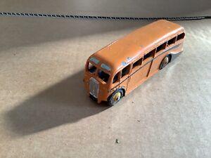 Vintage Diecast Model Dinky Toys Luxury Coach