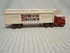 Winross Midwestern Express Inc Tractor Trailer 1/64 Diecast MIB