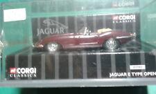 Corgi Jaguar E type open top.Bordeaux. Boîte.