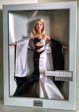 "Barbie doll - ""Noir et Blanc"" (2003) Barbie Collector Club Exclusive - rare!"