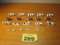 HORNBY RAILWAYS OO GAUGE JOB LOT OF FARM ANIMALS LOT 289