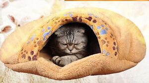 Pet Cat Bed Kitten Kitty Cozy Paw Velvet Fleece Sleep Sleeping Bag Play Mat