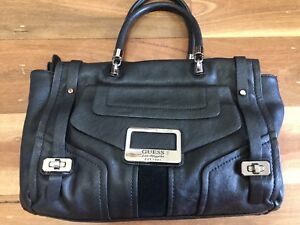 GUESS HANDBAG USED ONCE *BUY FIVE OR MORE ITEMS GET FREE POST
