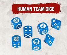 Un conjunto completo de Blue Blood Bowl dados para el equipo humano que incluyen: estándar de 2 X