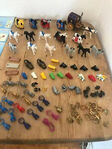 Playmobil Konvolut 16 Ritterpferde und Zubehör zur Ritterwelt Sammlung  Kg (3)
