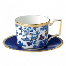 Wedgwood Hibiscus Iconic Teacup & Saucer - Set of 4