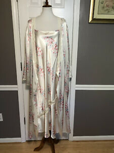 PINK K Floral Satin Peignoir Gown & Robe~3X~Lace Detail~Lovely Condition