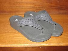 "$60 SPORT IL Thong Sandals Flip Flops Exercise Grey Rubber ""Diamonds"" Prom SZ  8"