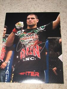 CAIN VELASQUEZ UFC FIGHTER SIGNED 11X14 PHOTO coa