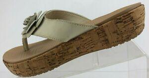 Crocs A Leigh Thong Sandals Flower Brown Cork Platform Flip Flops Womens US 9