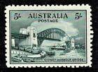 Australia 1932 Sydney Harbour Bridge 5/- Mint Hinged