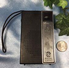 Vintage General Electric Transistor Radio. Model 7-2705B. Works !   #4073