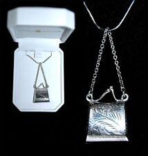 Medalhão com fecho/locket