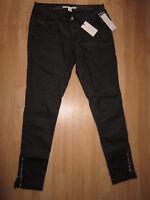 Neue sehr schöne Damen Hose Glanzhose von NLY TREND  Gr.38  in schwarz  NEU
