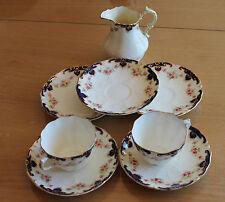 lot de tasse et autre en porcelaine  allertons england vera
