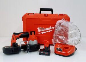 Milwaukee 2429-21XC M12 Cordless Sub-Compact Band Saw Kit