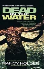 Dead in the Water (Paperback or Softback)