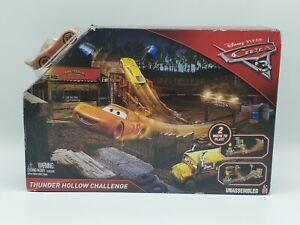 Disney Pixar Cars 3 Thunder Hollow Challenge Playset w Lightning McQueen NEW
