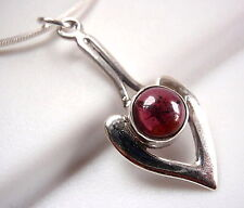 Garnet Pendant Pointer 925 Sterling Silver Round Cabochon New