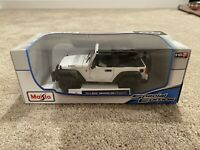 Jeep Wrangler Topless White Maisto Special Edition 1:18 Scale Die-Cast Model Car