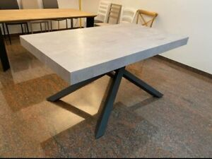 Table With 2 Extending, Finished Beton