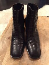 Via Spiga Calf Boots Black Textured Leather Worn Once EUC Made In Italy Sz 6.5B